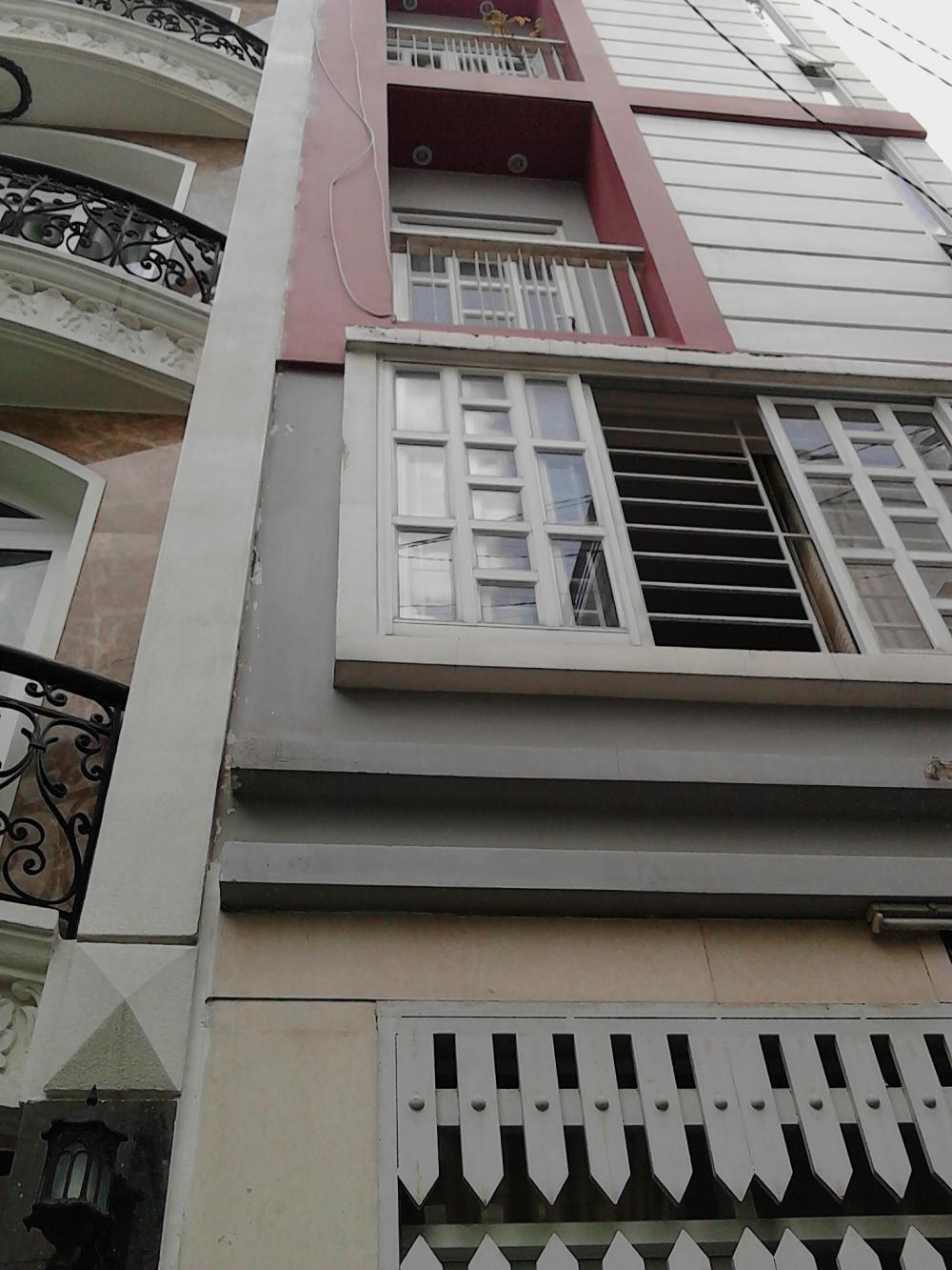 Bán tòa nhà văn phòng Nguyễn Thái Bình 8.5x19m 1 hầm 7 lầu tiện kinh doanh