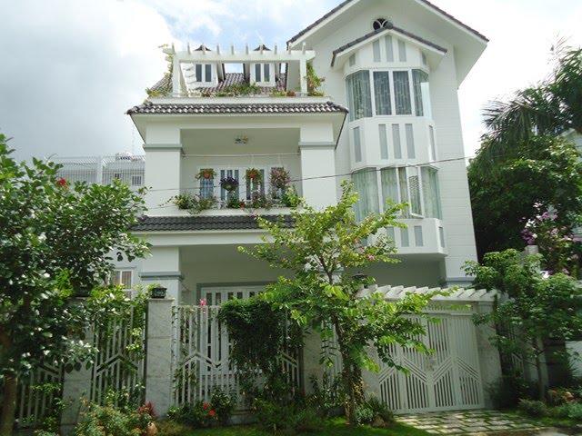 Bán biệt thự quận Phú Nhuận diện tích 11x27m 1 trệt 2 lầu nở hậu 17m