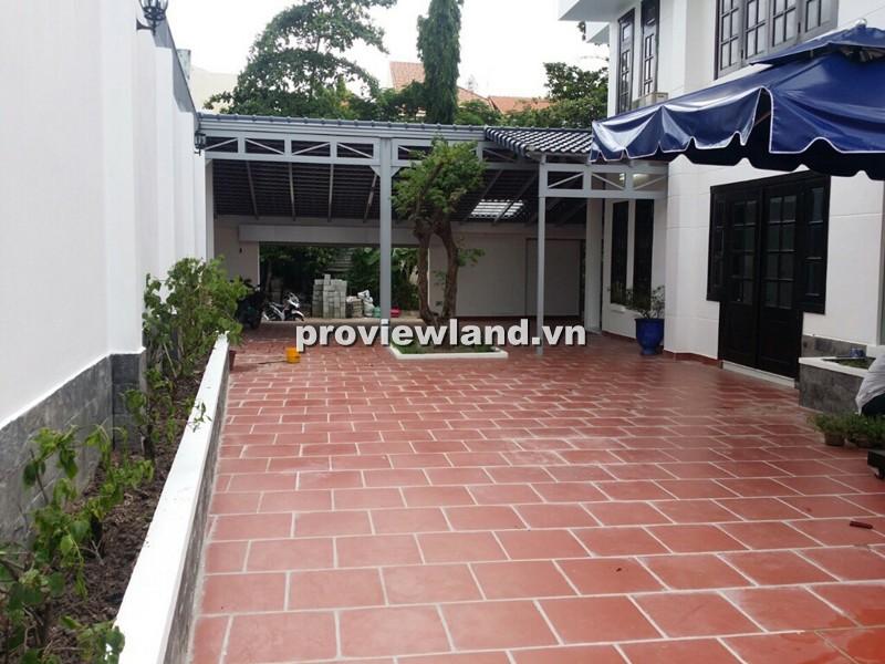 Cho thuê biệt thự Quốc Hương 4PN sân và gara rộng rãi nhà trống không nội thất