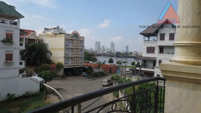 Bán biệt thự khu an ninh Trần Não quận 2 view sông