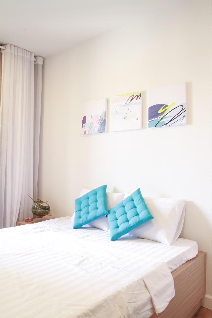 Cần cho thuê căn hộ International Plaza DT 105m2 2PN tầng cao khu trung tâm quận 1