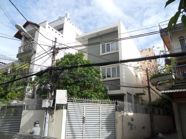 Bán biệt thự quận Phú Nhuận đường Hoàng Diệu 8x20m khu đông dân cư