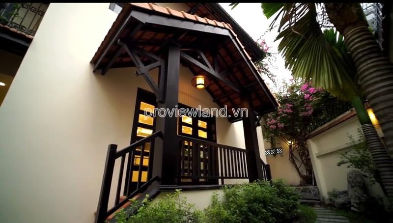 Cho thuê nhà phố Quận 3 đường Hai Bà Trưng 4PN nội thất đầy đủ có sân vườn