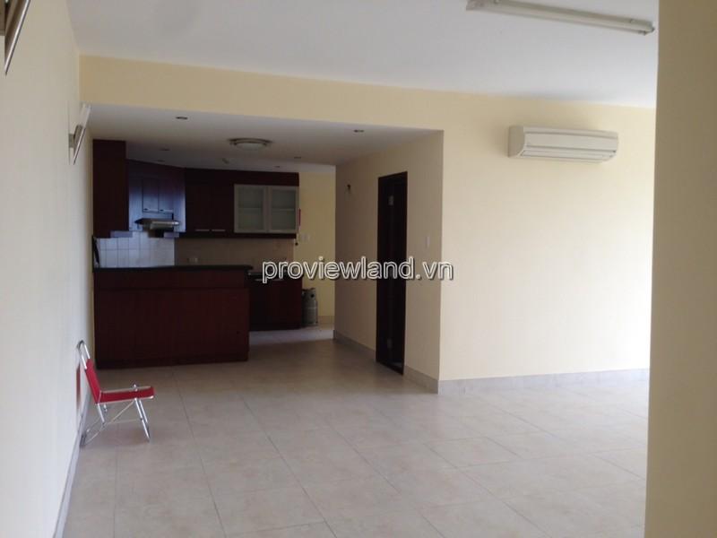 Hùng Vương Plaza căn hộ cho thuê DT 130m2 3PN tầng 8 đầy đủ nội thất