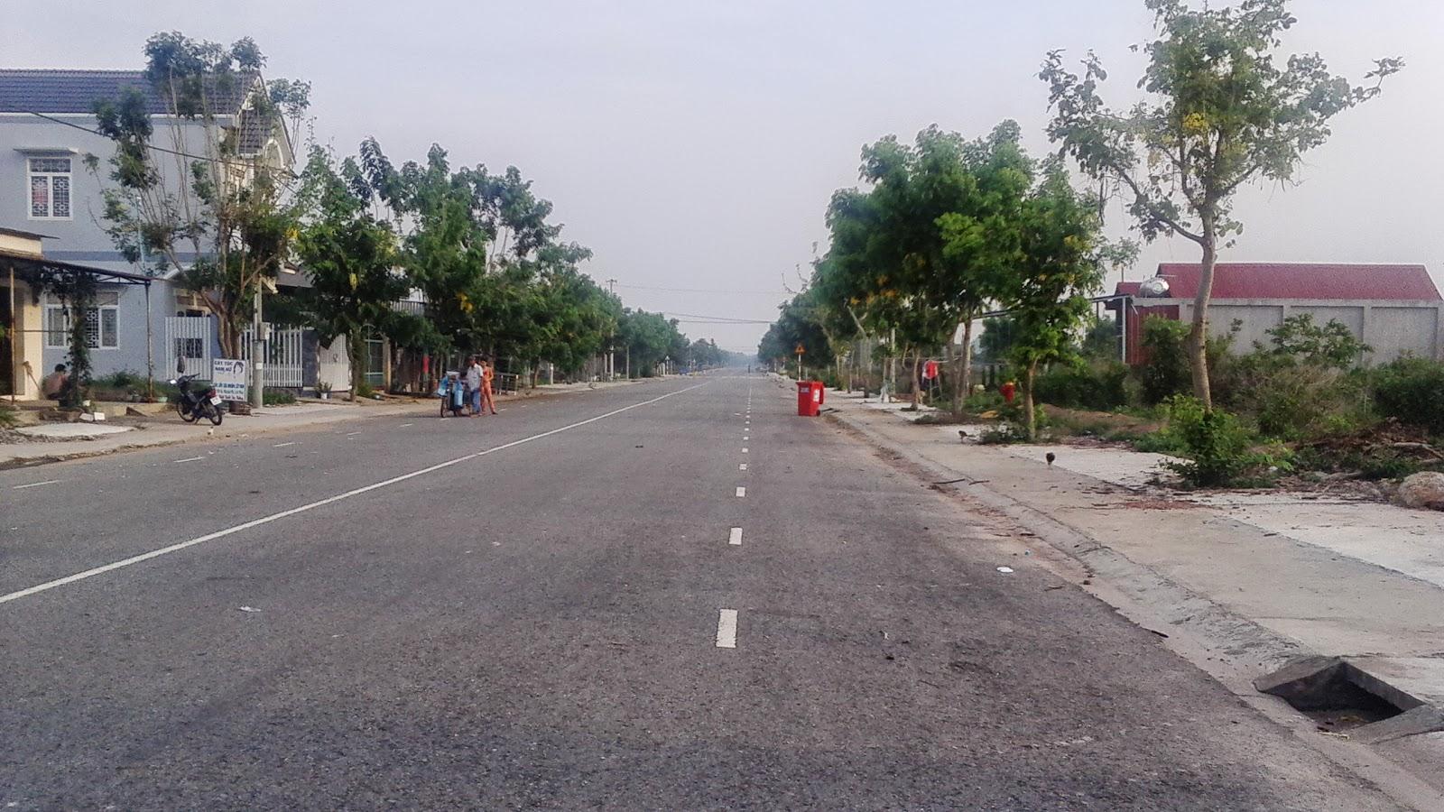 Bán đất thổ cư Quận 2 Nguyễn Văn Hưởng DT 2400m2 đối diện xéo Holm