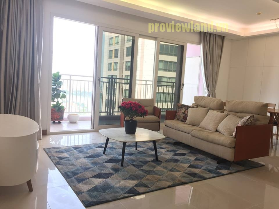 Căn hộ cho thuê XI Riverview Place có diện tích 145m2 gồm 3 phòng ngủ
