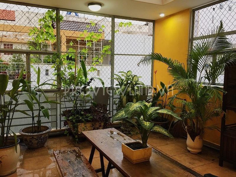 Cho thuê căn hộ dịch vụ Quận 1 tiện nghi giá tốt có ban công