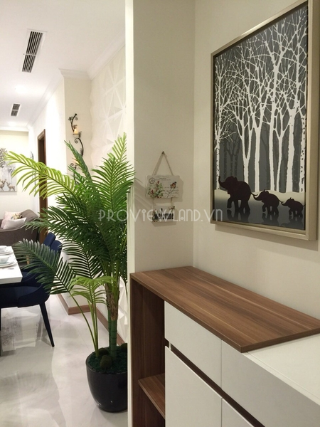 landmark2-vinhomes-central-park-service-apartment-for-rent-3beds-21-08