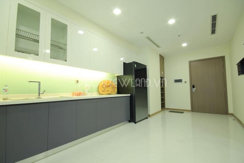 vinhomes-central-park-service-apartment-for-rent-3beds-21-06