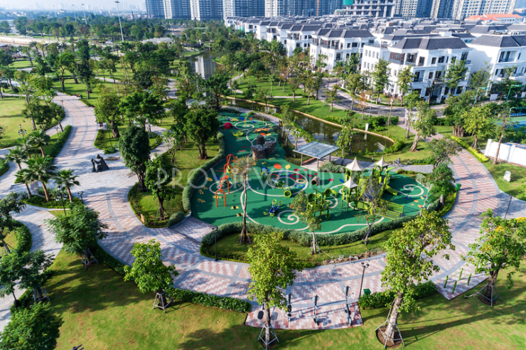 vinhomes-central-park-service-apartment-for-rent-3beds-21-27