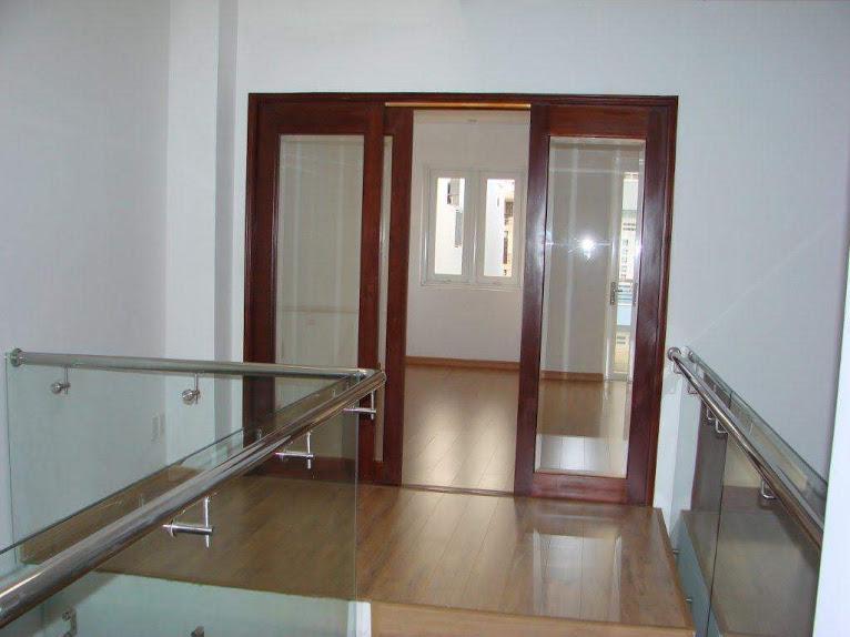 Cần cho thuê nhà phố nguyên căn Quận 2 DT 4*20 m 4 phòng ngủ
