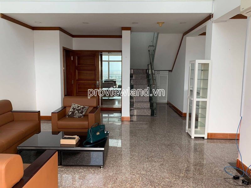 Hoang-Anh-Riverview-penthouse-apartment-for-rent-2floor-4brs-block-c-proview-191019-01