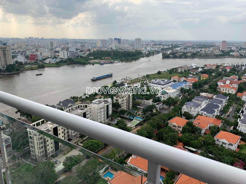 Hoang-Anh-Riverview-penthouse-apartment-for-rent-2floor-4brs-block-c-proview-191019-04
