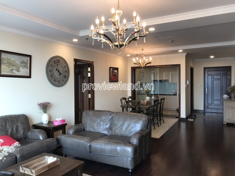 Luxury apartment for rent in Vincom Center with 3 bedrooms high floor nice view