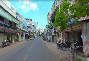 Ban nha Quan 1 duong Tran Dinh Xu phuong Co Giang