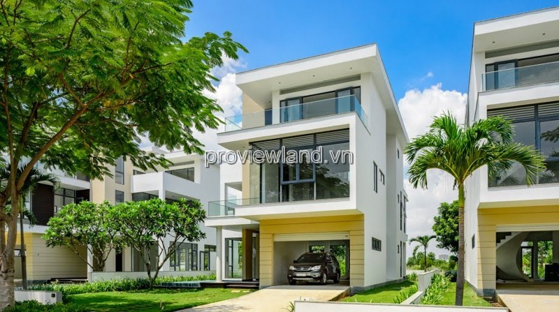 Villa for sale in Lucasta Khang Dien area 250m2 3 floors pink book