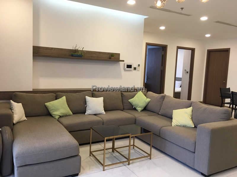 Apartment with 4 bedrooms for rent in Vinhomes Central Park rivew view