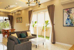 Nha pho Palm Residence cho thue