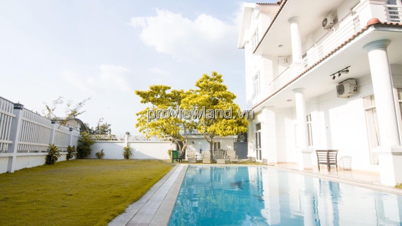 Villa in Thao Dien District 2 for sale front of Nguyen Van Huong swimming pool + garde