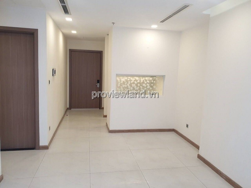 Vinhomes Central Park apartment with 2 bedrooms basic furniture for sale