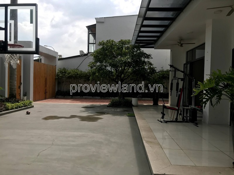 Thao Dien villa for rent 3 floors with spacious garden and cool