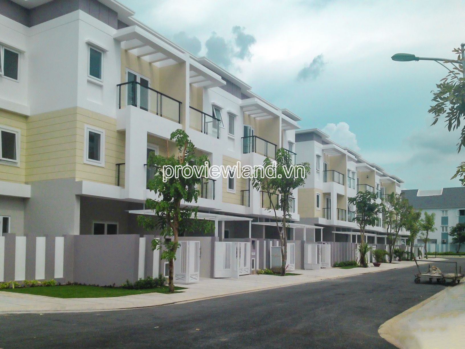 Mega-Villa-Khang-Dien-Quan-9-ban-nha-pho-1tret-2lau-DT-9x14m-proviewland-221220-02