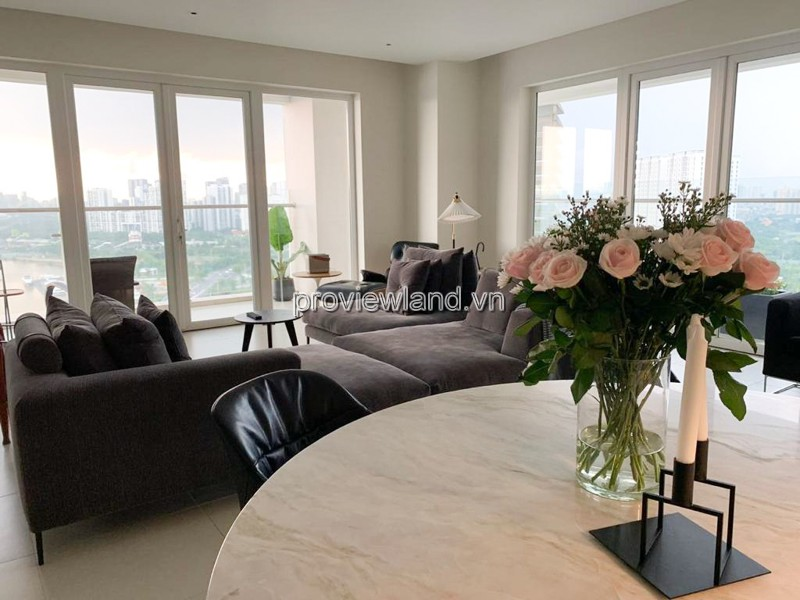 Diamond Island apartment for rent 4 bedrooms large balcony Brillant tower