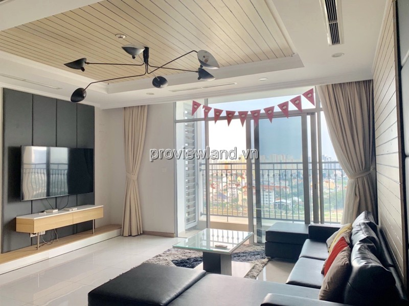 Vinhomes Central Park beautiful view middle floor fully furnished for rent