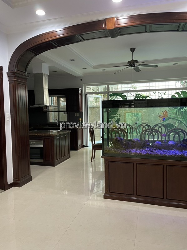 Villa for rent in Saigon Pearl, including 1 basement + 3 floors + attic, area 147m2