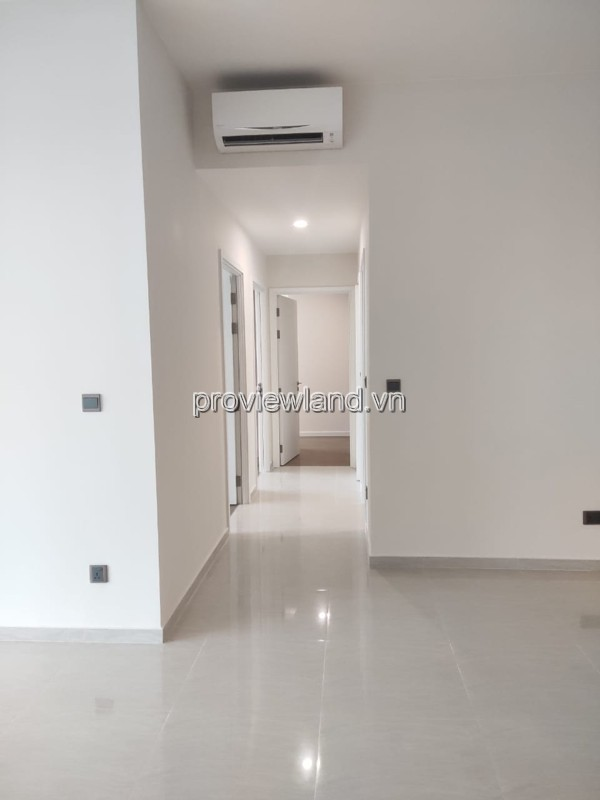 Q2 Thao Dien Fraser tower T1 middle floor 3 bedrooms with unfurniture